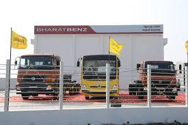 BharatBenz Widens Reach In Tamil Nadu With New Tuticorin Dealership Resale Value Of Natural Gas Trucks Heavy Hitters Making Big Bets On Used Traffic Tamil Nadu India Truck Stock Video Footage Nada Prices Review New And Values Dotd 09 Freightliner C120 72 Condo W 666k Miles Nada Price Book Best Resource Commercial Online And Bharatbenz Widens Reach In With New Tuticorin Dealership
