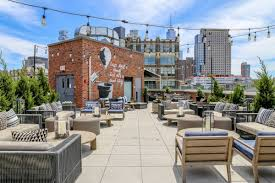100 Tribeca Rooftops Arlo Roof Top Bar Reopens With Food From Harold Moore Eater NY
