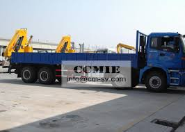 Transporting Materials Lorry Mounted Crane , 11 Meters Lifting ...