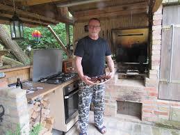 zwischen teich und bäumen meine outdoor küche waid werk