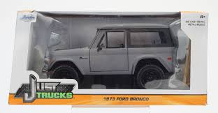 1973 FORD BRONCO HARDTOP - J TRUCKS BY JADA | 1:24, 1:24 SCALE AND ... 1978 Ford Bronco Xlt Custom 1973 Ford Bronco Original Paint Offroad Classic Vintage Suv Truck Jeep Mega Mud Unleashed Youtube Old School Super Clean Rough Rugged Raw Double Feature Brian Bormes 1972 F250 1979 1966 Truck For Sale Classiccarscom Cc1034215 Traxxas 4wd Electric Rock Crawler With Tqi 24ghz Operation Fearless 1991 At Charlotte Auto Show Sale Near Crestline California 92325 Trx4 Rc Gear Patrol