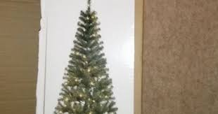 7 Ft Pre Lit Christmas Tree Argos by Argos Customer Orders Christmas Tree But What Was Delivered Was