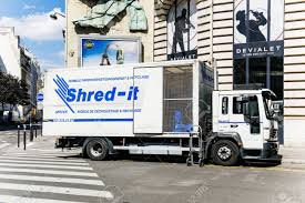 100 Shred Truck PARIS FRANCE AUGUST 18 2015 It Der Outside