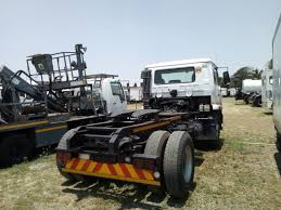 100 4x2 Truck 2011 Nissan UD 100 4X2 Tractor For Sale Junk Mail