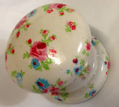 Pink Rose Dresser Knobs by Ditsy Pink Roses Cream New Knob Welsh Dresser Armoire Bedside
