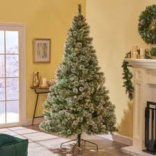 75 Green Spruce Artificial Christmas Tree With 750 Clear Lights