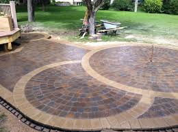 Menards Patio Paver Patterns by The Nearly Completed Circular Patio Anchor Kingston Pavers Were