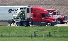 100 Truck Driving Schools Wisconsin At Least 20 Injured In Semi Truckschool Bus Crash On I399094