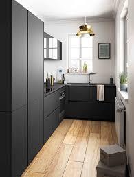 mobalpa cuisine plan de travail couleur noir inspirations déco stockage supplémentaire plan