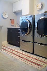 Laundry room rug – Ikea hack