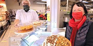 edeka harhoff ermöglicht café besitzerin kuchenverkauf