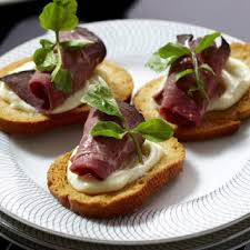 beef canape recipes 10 best beef crostini appetizer recipes