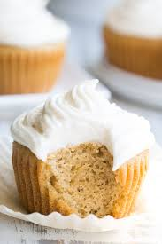 These Paleo Vanilla Cupcakes Are So Light Fluffy Moist And Sweet That You