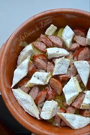 cuisiner des saucisses fum馥s gratin de pommes de terre saucisse fumée et camembert