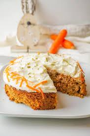 low carb karottenkuchen rezept möhrenkuchen mit mandelmehl
