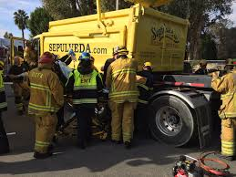 Uc Irvine Pumpkin Patch by Worker U0027s Arm Trapped In Grizzly Lake Forest Dumptruck Accident