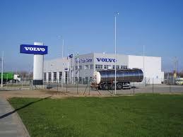 100 Volvo Truck Center File V Plaicch 01jpg Wikimedia Commons