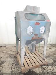 Econoline Blast Cabinet 36 1 by Universal Abrasive Blast Ca 309788 For Sale Used