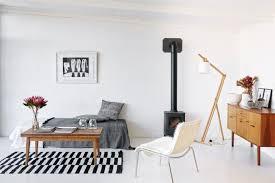 minimalismus wohnen in reduzierter einrichtung schöner