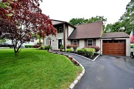 100 Sinai House 42 Westcliff Dr Mount NY 11766 MLS 3165991 Coldwell Banker