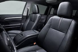 Luxury Suv With Second Row Captain Chairs by Toyota U0027s 2017 Highlander Adds Eight Seat Option And New V6 Slashgear