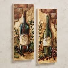 Amazing Old Wine Bottle Pictures As Vintage Kitchen Wall Decor Hang On Neutral Painted Color Schemes In Modern Decors
