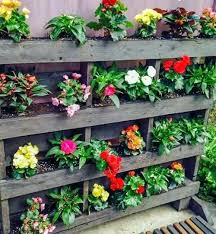 Using Pallets For Gardening Vertical Pallet Garden With Pots