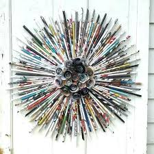 Rolled Paper Art Magazine Wreath Colorful Wall Hanging Tutorial Instructions Frame Crafts From Recycled Magazines Artwork