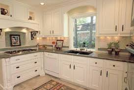 Kitchen Cabinet Hardware Ideas by Kitchen Hardware Ideas Kitchen Hardware Styles And Trends Hgtv