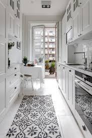 9 tipps wie sie eine kleine schmale küche einrichten