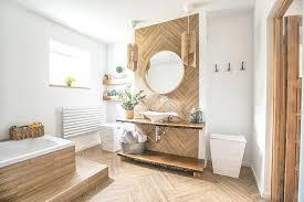 badezimmer mit holz stilvoll und funktional gestalten
