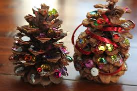 Pine Cone Christmas Tree Decorations by Penguin And Pinecone