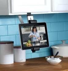 cuisine télé television pour cuisine porte tablette tele pour cuisine