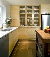 amalgame cuisine la combinaison d armoires de cuisine au fini texturé et des portes