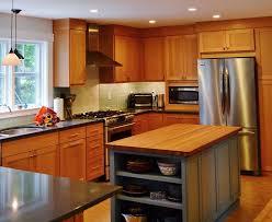 idee cuisine ext駻ieure idee amenagement cuisine exterieure 14 table avec rangement