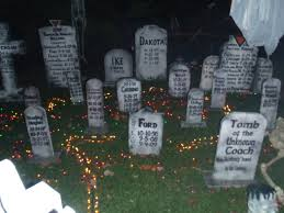 Scary Cubicle Halloween Decorating Ideas by 100 Scary Halloween Decoration Ideas Homemade Diy How To