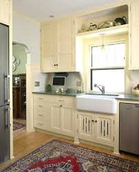 1920s Kitchen Design Revival Natural Wood Vs The Traditional Sanitary White I 1920