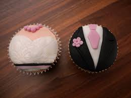 A Unique Wedding Cupcakes Class That Will Teach You The Tricks Of Trade Allowing To Make Stunning And Delicious At Your Own Pace