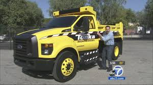Ford Stirs Nostalgia With F-750 Tonka Truck | Abc7.com Garbage Trucks Tonka Toy Dynacraft Recalls Rideon Toys Due To Fall And Crash Hazards Cpscgov Truck Videos For Children Bruder Ross Collins Students Convert Bus Into Local News Toyota Made A For Adults Because Why Not Gizmodo Ford Concept Van Toy Truck Catches Fire In Viral Video Abc13com Giant Revs Up Smiles At The Clinic What Its Like To Drive Lifesize My Best Top 6 Tonka Inc Garbage Truck Police Car Ambulance Cstruction Surprise As Tinys With Disney Cars