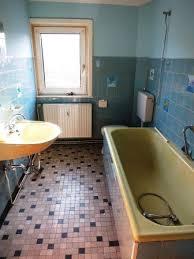 badezimmer renovierung oder aufkleber für fliesen fliesen