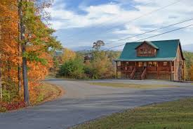 4 Bedroom Cabins In Pigeon Forge by Scenic Serenity 3 Bedroom Luxury Chalet Pigeon Forge Tennessee