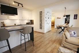neubau hell und modern eingerichtete wohnung mit balkon
