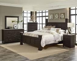 Stonehill Dark Brown Pecan Wood 5pc Bedroom Set W King Kd Poster Bed