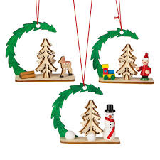 The Grinch Christmas Tree Scene by Ornament Sets