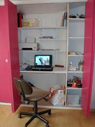 bureau dans un placard placard bureau forum bois idées déco rangement