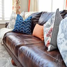 Brown Couch Living Room by Best 25 Brown Couch Decor Ideas On Pinterest Living Room Decor