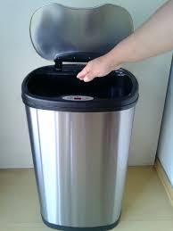 Small Bathroom Trash Can With Lid by Trash Cans Tiny Tricky Trash Can Tiny White Bugs On Trash Can