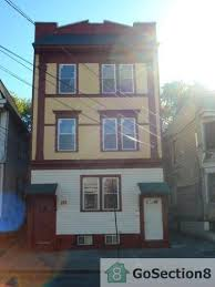 2 Bedroom Apartments In Linden Nj For 950 by Apartments For Rent In Irvington Nj 60 Rentals Hotpads