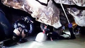 Entrenador De Niños Atrampados En Cueva De Tailandia Pide Disculpas