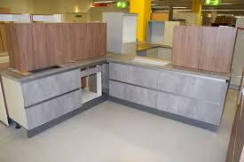l form küche grifflos beton eiche